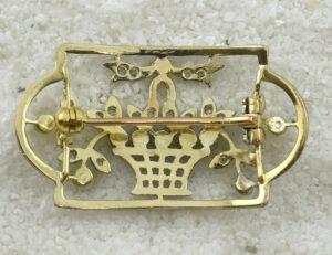 Brosche 750/000 18 K Gelbgold, 10 Perlen, 20 Diamant
