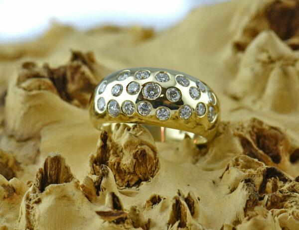 Diamantring 585 14 K Gelbgold 20 Brillanten zus. 1,00ct