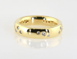 Diamantring 585/000 14 K Gelbgold 17 Brillanten zus. 0,35 ct