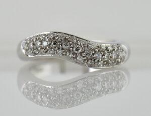 Diamantring 750 18 K Weißgold 37 Brillanten zus. 0,50 ct