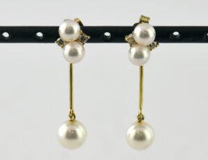 Ohrringe Perle 585 14 K Gelbgold Perlohrhänger, 4 Brillanten zus. 0,08 ct