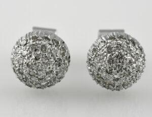 Ohrstecker 750/000 18 K Weißgold, 68 Diamanten zus. 0,40 ct