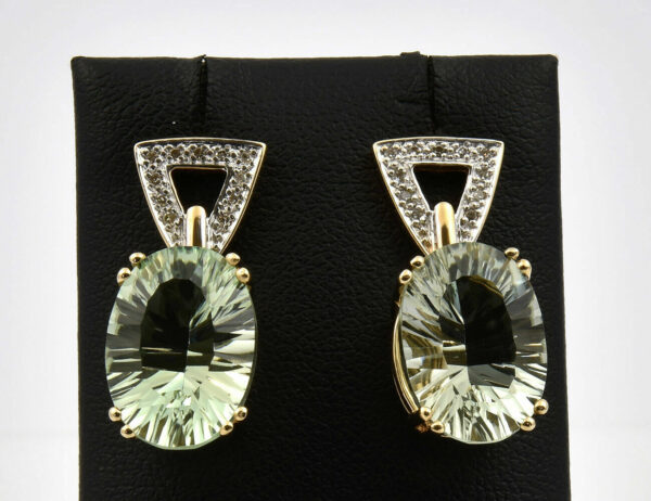 Ohrstecker hellgrüner Amethyst 585/000 14 K Gelbgold 22 Diamanten zus. 0,10 ct