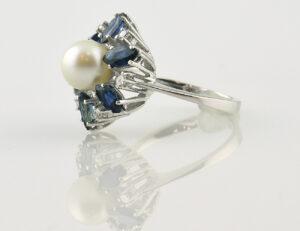 Ring Akoyaperle Saphir 585/000 14 K Weißgold 6 Diamanten zus. 0,12 ct