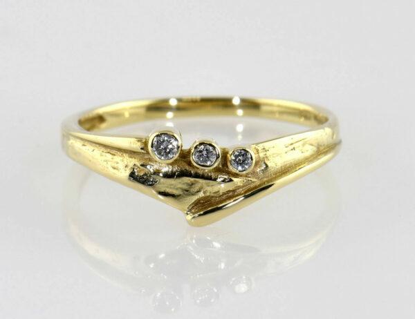 Diamantring 585/000 14 K Gelbgold 3 Brillanten zus. 0,05 ct