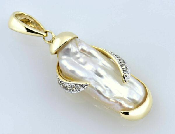 Anhänger Biwa Perle 375/000 9 K Gelbgold 10 Diamanten zus. 0,05 ct