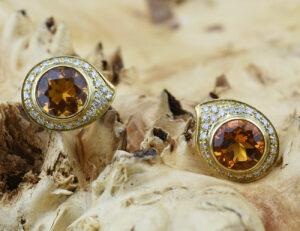 Citrin Ohrstecker 750 18 K Gelbgold, 50 Diamanten zus. 0,25 ct