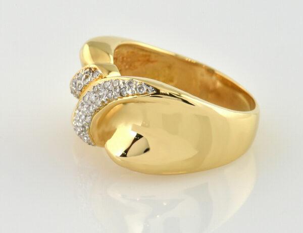 Diamant Ring 750/000 18 K Gelbgold 32 Diamanten zus. 0,35 ct