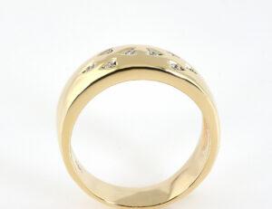 Diamantring 585/000 14 K Gelbgold 8 Brillanten zus. 0,08 ct