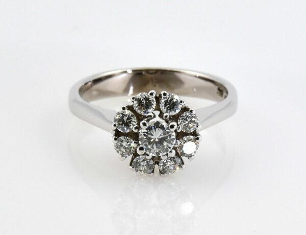Diamantring 585/000 14 K Weißgold 9 Diamanten zus. 0,65 ct