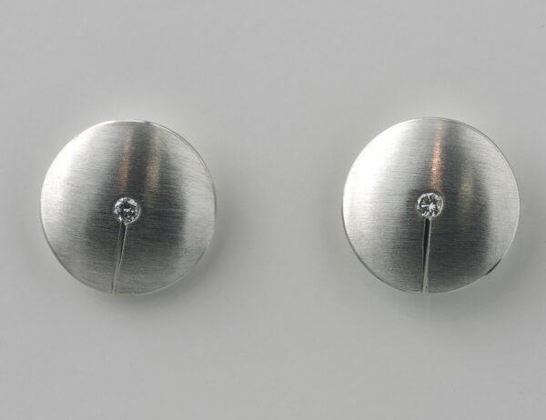 Ohrstecker 950/000 Platin, 2 Brillanten zus. 0,05 ct