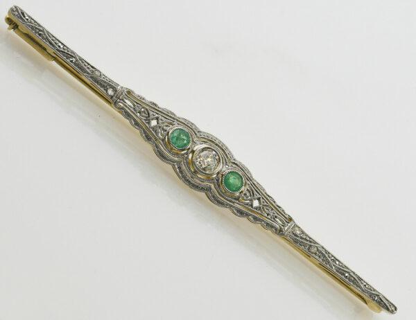 Antike Brosche 585 14 K Gelbgold, Smaragad, 5 Diamanten zus. 0,20 ct