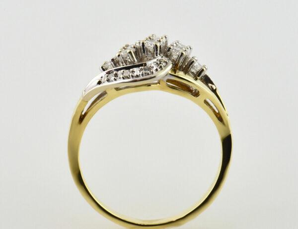 Diamant Ring 585 14 K Gelbgold 16 Diamanten zus. 0,42 ct