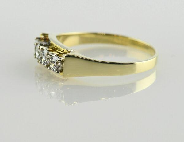 Diamant Ring 585 14 K Gelbgold 4 Brillanten zus. 0,50 ct