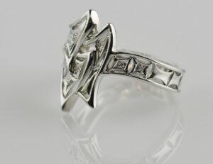 Diamant Ring 750/000 18 K Weißgold 10 Diamanten zus. 0,06 ct