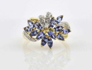 Ring Spinell 375/000 9 K Gelbgold 21 Diamanten zus. 0,14 ct
