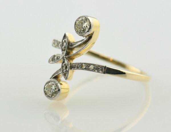 Art Deco Ring 585/000 14 K Gelbgold, 9 Diamant zus. 0,25 ct