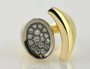 Diamant Ring 585 14 K Gelbgold 18 Brillanten zus. 0,78 ct