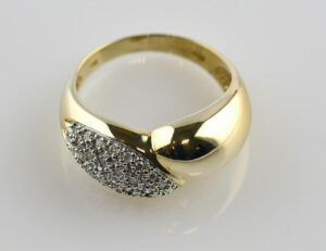 Diamant Ring 585 14 K Gelbgold 27 Brillanten zus. 0,50 ct