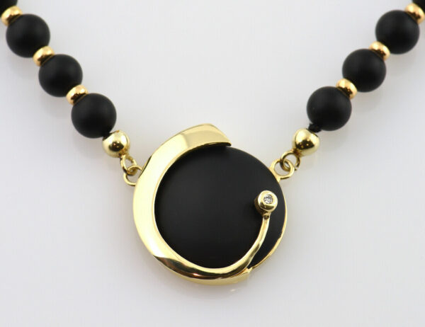 Onyx Collier 585/000 14 K Gelbgold, Diamant 0,02 ct, 43 cm lang