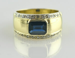 Saphir Diamantring 585 14 K Gelbgold 22 Diamanten zus. 0,20 ct