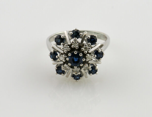 Saphir Diamantring 585 14 K Weißgold 8 Diamanten zus. 0,16 ct