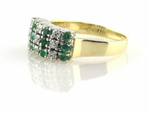 Smaragd Diamantring 585/000 14 K Gelbgold 9 Brillanten zus. 0,34 ct