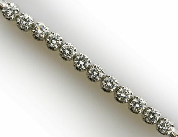 Armband 18,5 cm 585/000 14 K Weißgold 12 Diamanten zus. 1,62 ct