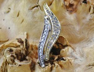 Diamant Anhänger 585 14 K Gelb/Weißgold 26 Brillanten zus. 0,30ct