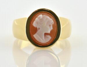 Ring 585/000 14 K Gelbgold Muschelkamee Gemme