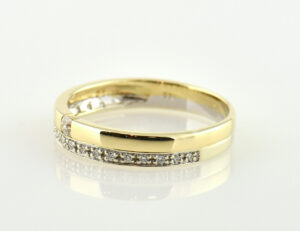 Diamant Ring 585/000 14 K Gelbgold 19 Brillanten zus. 0,15 ct