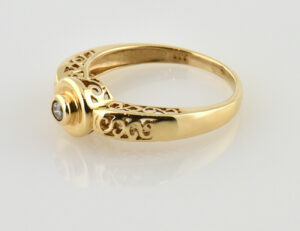 Diamant Solitär Ring 333/000 8 K Gelbgold Brillant 0,04 ct