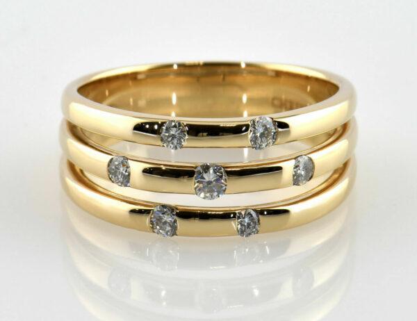 Diamantring 585/000 14 K Gelbgold 7 Brillanten zus. 0,35 ct