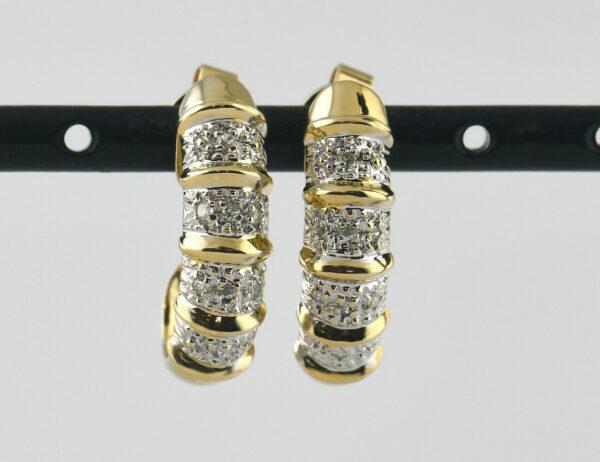 Ohrringe Stecker Halbcreolen 585 14 K Gelbgold, 16 Diamanten zus. 0,05 ct