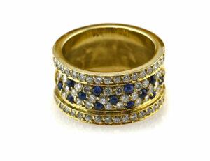 Saphir Diamantring 750 18 K Gelbgold 65 Brillanten zus. 1,00 ct
