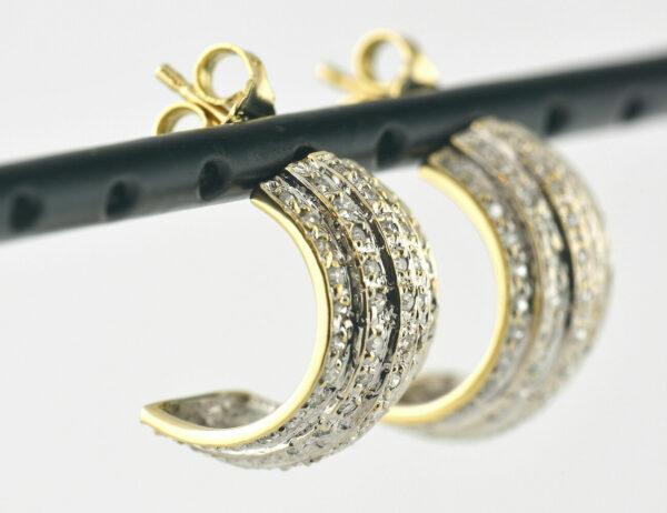 Ohrringe Stecker Halbcreolen 750/000 18 K Gelbgold, 100 Diamanten zus. 0,50 ct
