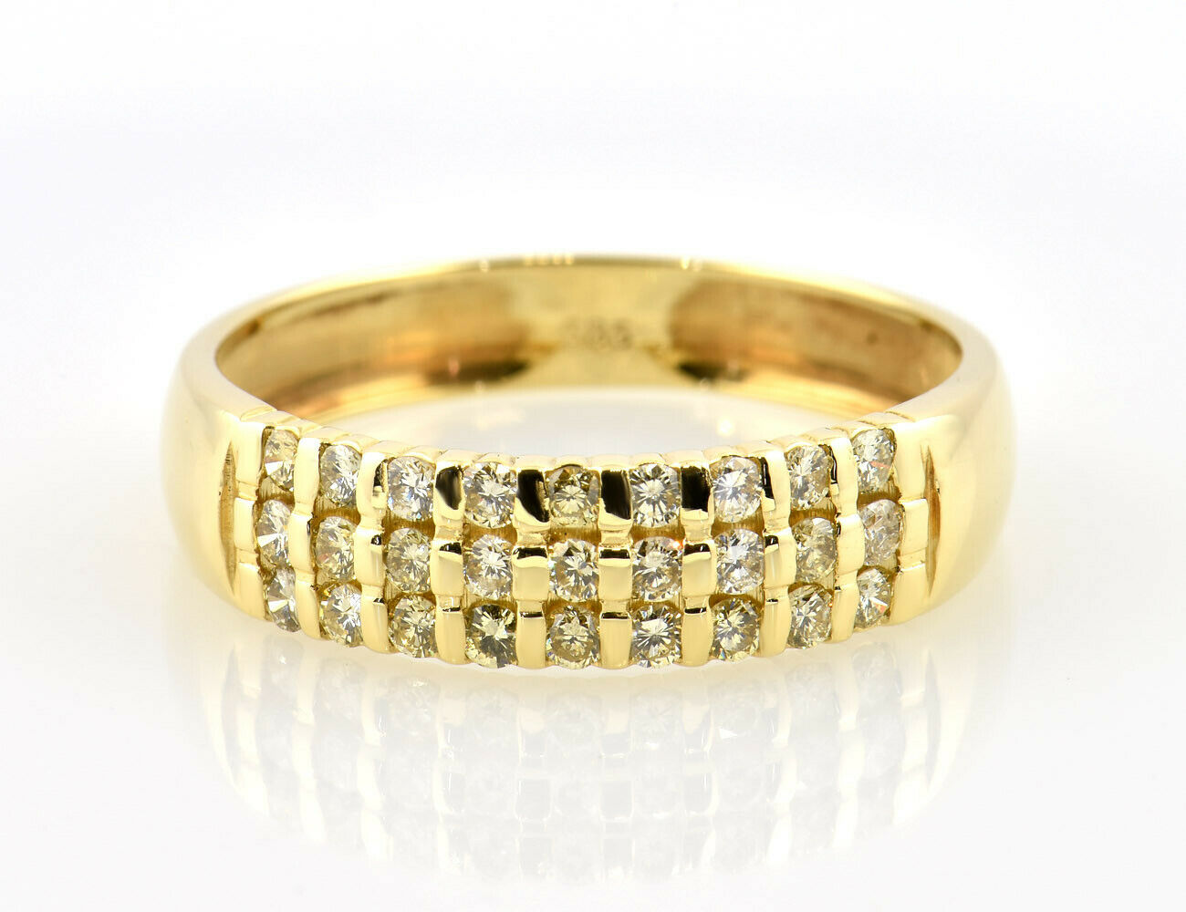 Ring Diamant 585/000 14 K Gelbgold 27 Brillanten zus. 0,40 ct