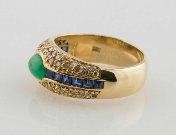 Ring Saphir, Smaragd 585/000 14 K Gelbgold 58 Brillanten zus. 0,58 ct