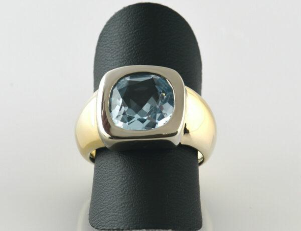 Blautopas Ring 585/000 14 K Gelbgold