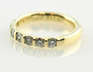 Diamantring 585 14 K Gelbgold 7 Brillanten zus. 0,67 ct