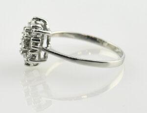 Diamantring 585/000 14 K Weißgold 10 Brillanten zus. 0,49 ct