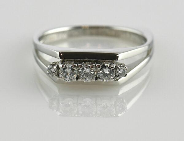 Diamantring 750 18 K Weißgold 5 Brillanten zus. 0,45 ct
