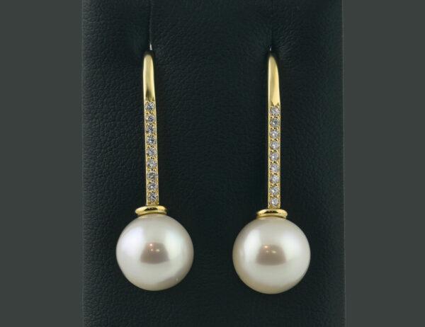 Ohrringe Hänger 585/000 14 K Gelbgold, Akoyazuchtperle 18 Diamanten zus. 0,20 ct