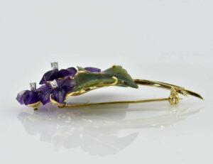 Brosche 585/000 14 K Gelbgold Jade, Amethyst, 4 Diamanten zus. 0,08 ct