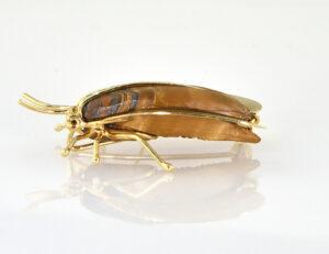 Brosche Fliege (Käfer) mit Tigerauge 585/000 14 K Gelbgold