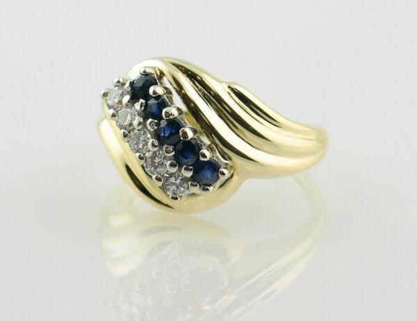 Saphir Diamantring 585 14 K Gelbgold 5 Brillanten zus. 0,12 ct
